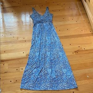 Light blue sleeveless maxi dress